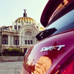Swift en Bellas Artes. Mexico City.