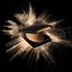 Advertising Photography: Cosmetic Powder Explosion