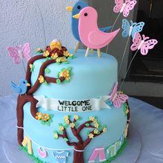 Baby shower bird cake