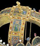 Szent Péter and Andrew top of the Holy Crown, Hungary Hungary History, Byzantine Gold, Celtic Designs, Budapest Hungary, Tiaras And Crowns, Illuminated Manuscript, Holi, Austria, Art