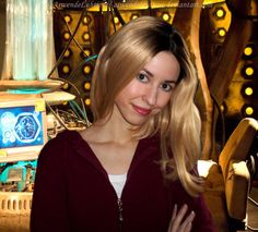 Rose Tyler (Bad Wolf/Parting of the Ways closet cosplay)