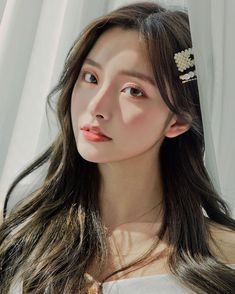 Mode Ulzzang, Ulzzang Korean Girl, Cute Korean Girl, Aesthetic People, Aesthetic Girl, Pretty Asian, Beautiful Asian Women, Girl Photo Poses, Girl Photos