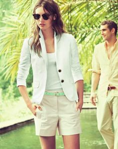 white blazer and Bermuda shorts Mint Blazer, Blazer And Shorts, Long Shorts, White Shorts, Short Outfits, Summer Outfits, J Crew Catalog, Preppy Style, My Style