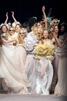 sonia rykiel. bridesmaids with colored furs? yes please.