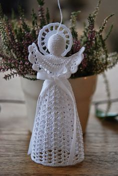 Unique Angel Ornaments For Kids That You'll Love To Take A Look At Crochet angel ornament. Crochet Christmas Decorations, Christmas Angel Ornaments, Christmas Crochet Patterns, Crochet Ornaments, Holiday Crochet, Crochet Snowflakes, Christmas Crafts, Christmas Ideas, Christmas Tree