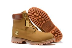 timberland boots for women, womens wheat timberland boots, wheat 6 inch timberland boots, timberland 6 inch premium wheat, wheat womens timberland boots with gold