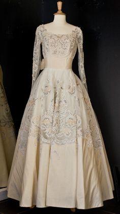 1950'S BIANCHI WEDDING GOWN