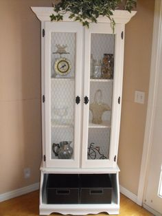 Old gun cabinet turned curio!!
