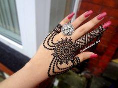 Cool Henna Designs, Mehndi Designs For Kids, Arabic Henna Designs, Mehndi Designs 2018, Mehndi Design Pictures, Mehndi Designs For Fingers, Beautiful Henna Designs, Mehndi Images, Henna Tattoo Hand