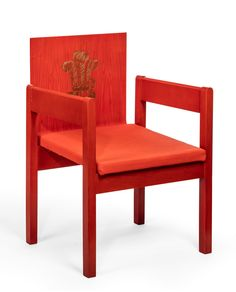 1969 Prince of Wales Investiture chair designed by Lord Snowden, with Luke Home/Stephanie Connell.