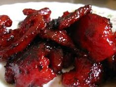 Tocino is made from pork and the preparation is similar to ham and bacon although chicken and beef sometimes can be used as an alternatives food recipe breakfast Homemade Tocino (Sweet Cured Pork) Filipino Style Recipe! Filipino Dishes, Filipino Desserts, Filipino Recipes, Asian Recipes, Filipino Food, Asian Foods, Ethnic Recipes, Pork Recipes, Philippines