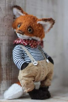 Fox Hedwig By Anzhelika Costin - Artist teddy fox Hedwig aprox.17cm. 100% handmadeOriginal sewing pattern Unique / Exclusive !Viscose, cottonFilled with washable cotton craft and the glass granules glass eyes hand painted with oil paints Joint discs - head (2), arms and legs are mo...