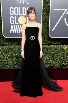 Hollywood, Black Looks Good On You #refinery29 http://www.refinery29.com/2018/01/187150/golden-globes-2018-red-carpet-best-dressed#slide-10