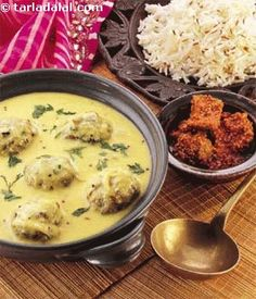 The perfect dish to serve for a Holiday lunch. Fenugreek dumplings are deep fried and dunked for a few seconds in milk and then immersed in the curd kadhi. This process of soaking the fenugreek dumplings in milk makes them softer and more succulent and reduces the sharpness of the curd based kadhi.
