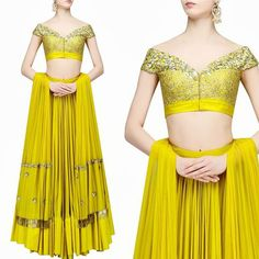 shoulder gown style choli with multi kali ghagra Golden Blouse Designs, Fancy Blouse Designs, Crop Top Designs, Saree Blouse Neck Designs, Choli Designs, Saree Blouse Patterns, Dress Indian Style, Indian Dresses, Indian Outfits