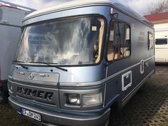 Unusual colour scheme for a Hymer Hymer Motorhome, Van Car, Motor Homes, Van Camping, Maybach, Camper Van, Cars And Motorcycles, Mercedes Benz, Travelling