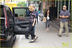 Taylor Swift Steps Out For a Day in NYC
