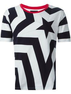 Yoshio Kubo Camiseta Estampada - Ulf Haines - Farfetch.com Hip Hop Fashion, Urban Fashion, Mens Fashion, Yamaha Rx 135, Casual T Shirts, Cool Outfits, Style Inspiration, Tees, How To Wear