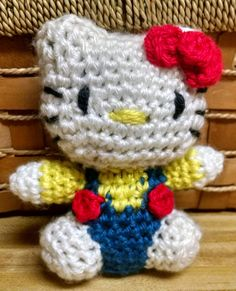 Hello Kitty Doll/Hello Kitty Crocheted