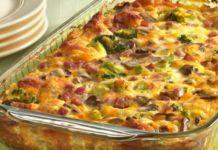 Zapečené těstoviny se zeleninou, šunkou a strouhaným sýrem! Skvělá večeře!