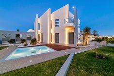 Houses for sale : Exclusive Residence Savvaidis Associates - Luxury Homes
