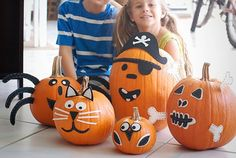 15 Awesome No-Carve Pumpkins I Halloween No-Carve Pumpkin Ideas - ParentMap