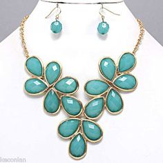 Chunky Gold Tone Turquoise Blue Tear Drop Bib Statement Necklace & Earrings Set