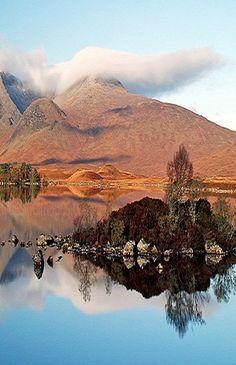 The Black Mount, Scotland, Great Britain. Blogposts on www.britishvacationrentals.com #travel #tourism #greatbritain #vacation #britain #holidaylettings #britishvacationrentals #discoverbvr #visitbritain