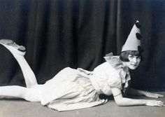 a lady clown, pierrot.