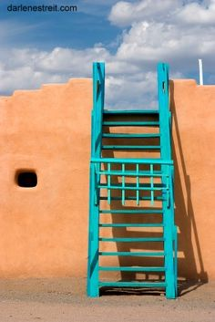 Reach up and outward. Success is yours! New Mexico Santa Fe, Santa Fe Nm, New Mexico Style, New Mexico Usa, Southwest Usa, Southwest Style, Southwestern Doors, Santa Fe Trail, Santa Fe Style