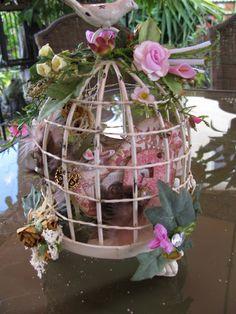 Martica Designs: Chipboard mini album in birdcage