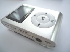 ALANTEX SILVER MP3 USB CLIP LCD SCREEN MP3 PLAYER CLIP FM RADIO Support 2GB 4GB 8GB Micro SD TF Card (Memory Card not included)