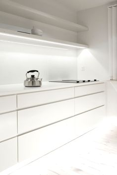 Minimalist Copenhagen Penthouse I - Adelto