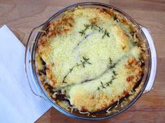 Healthy food will make you feel good Greek Recipes, Low Carb Recipes, Healthy Recipes, Moussaka, Healthy Cooking, Healthy Food, Quiche, Foodies, Paleo