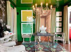 High Gloss Emerald Green Walls, rug