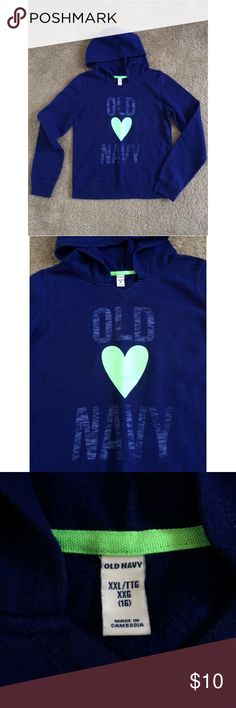 Old navy hooded sweater Cute old navy hooded sweater, it is a girls size, but it works for a S women size Old Navy Sweaters