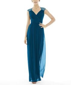 DescriptionAlfred Sung Style D693Fulllength bridesmaid dressCap-sleeve vnecklineDraped surplice necklineShirred inset waistlineKeyhole backSlightly shirred skirtChiffon knit