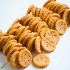 Ritz-Style Gluten Free Crackers | Gluten Free on a Shoestring