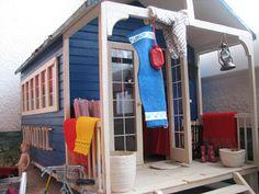 Mine dukkehuse: Sommerdag i strandhytten