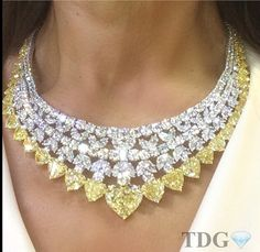 Extravagant White and Yellow Diamond Necklace Collar!