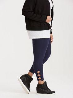 0b714304b89 Bow Side Cropped Leggings. Plus Size ...