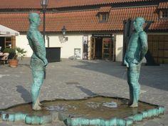 Piss David Cerny Prague