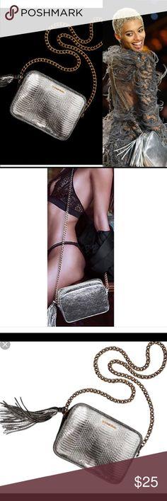 Victoria's secret silver cross body bag Never used Victoria's Secret Bags Crossbody Bags