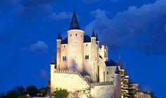 Alcazar-Segovia, Spain. A fairytale castle if i ever saw one!