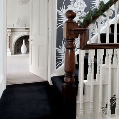 10 Amazing Ideas For Decoration Of Small Hallways