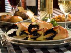 Joe's Stone Crabs claims to be the original discoverer of the delicious stone crab.