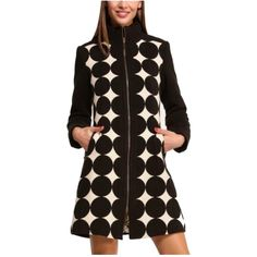 Pre-owned Desigual Harlequin Fitted Trench Coat (€190) ❤ liked on Polyvore featuring outerwear, coats, black and white, trench coat, black and white coat, fitted coat, desigual and desigual coat