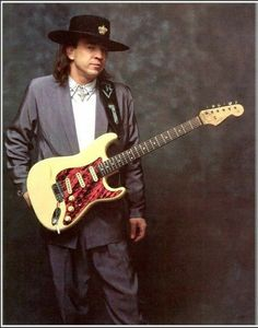 Stevie Ray Vaughan pictures and photos Stevie Ray Vaughan Guitar, Steve Ray Vaughan, Jimmie Vaughan, Texas Legends, Rock Legends, Blues Artists, Music Artists, Muddy Waters, Rockn Roll