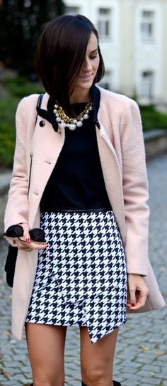 #Houndstooth #Skirt by Daisyline => Click to see what she wears