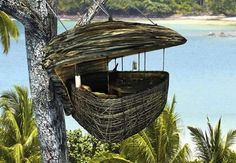 In Thailand, A Hanging Tree Pod To Dine And Sleep In - DesignTAXI.
